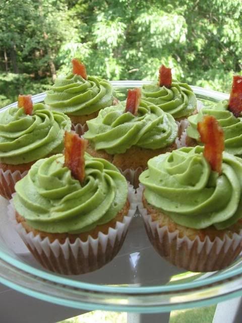Cheddar Chive and Bacon Cupfakes with Avocado Frosting